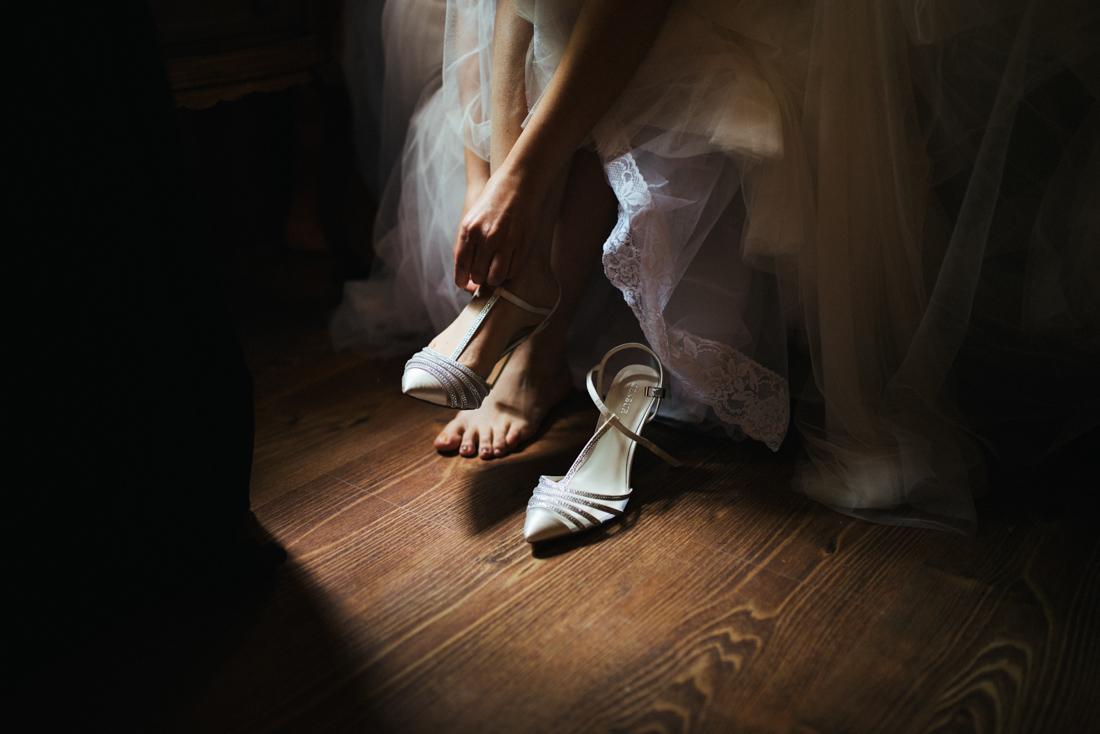 Roman soto fotografo de bodas Los zapatos de la Boda